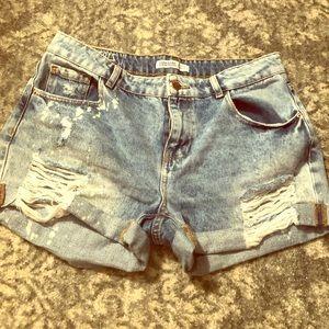 Zara Acid Wash Distressed Denim Shorts 🦋